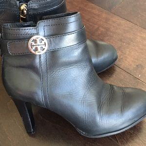 Tory Burch Short Bootie Size 5.5 Preowned
